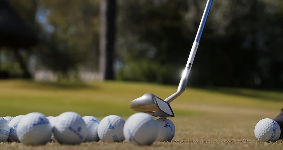 The 5 Best Golf Chippers in 2020 [Reviews] – Golf In Progress